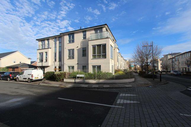 1 bed flat for sale in Springhead Road, Northfleet, Gravesend DA11