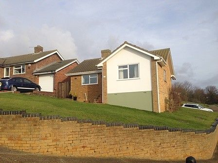 Thumbnail Detached bungalow to rent in Hawth Park Road, Bishopstone, Seaford