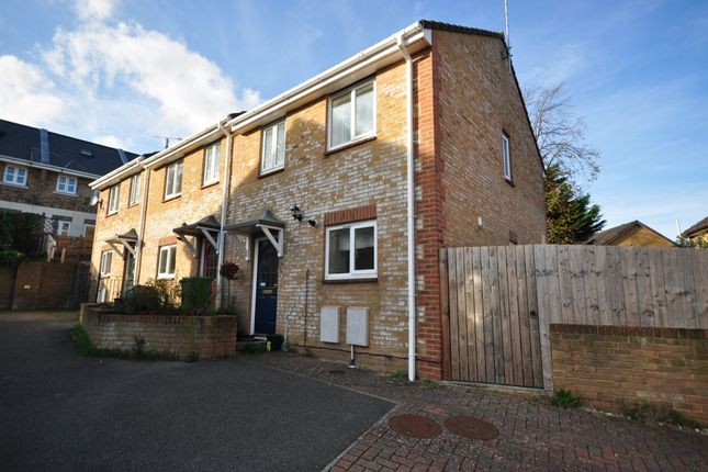 Thumbnail Semi-detached house to rent in The Sidings, Cowes