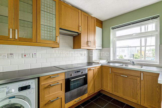 Thumbnail Flat for sale in Nightingale Road, London