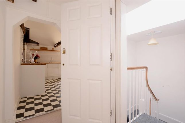 Thumbnail Flat for sale in Richmond Place, Brighton, East Sussex