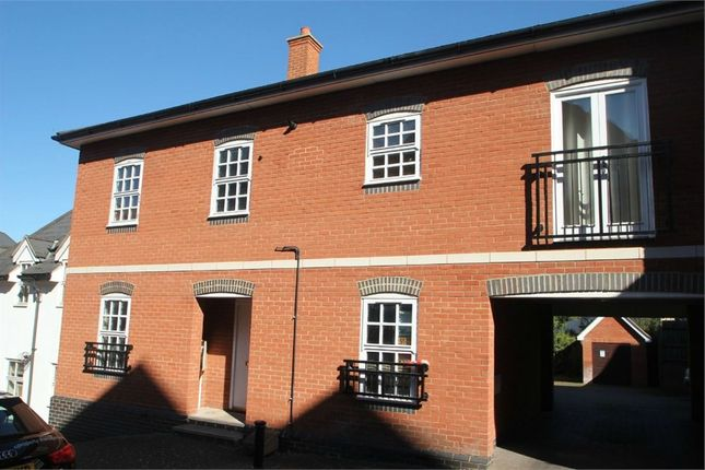 Flat to rent in Waterside Lane, Colchester