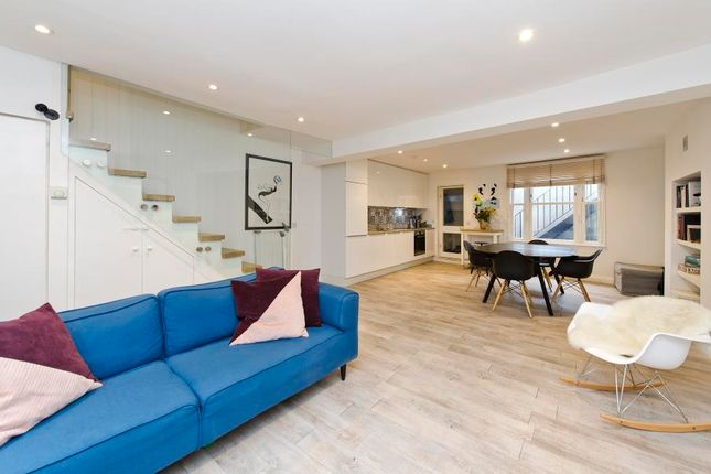 Thumbnail Flat for sale in Penzance Place, Holland Park