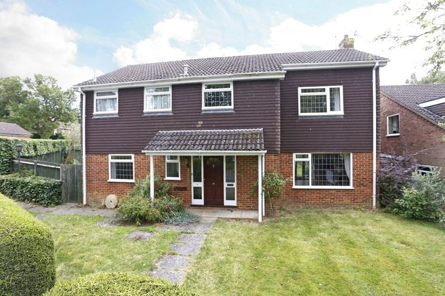 Thumbnail Detached house to rent in Pitch Pond Close, Knotty Green, Beaconsfield, Buckinghamshire