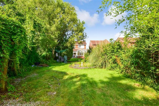 Thumbnail Link-detached house for sale in High Road North, Laindon, Basildon, Essex