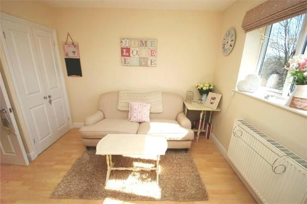 Tg Living Area of Hardwicke Place, London Colney, St. Albans AL2