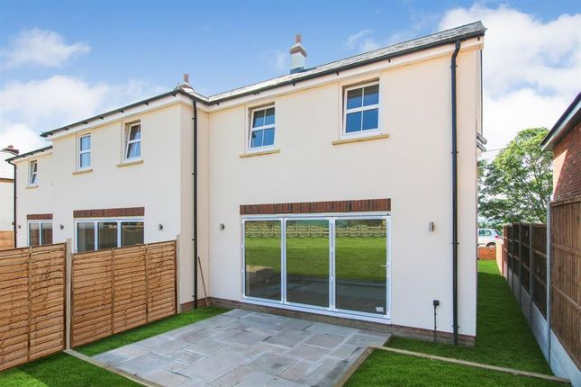 Thumbnail Terraced house for sale in Tilsworth Road, Stanbridge, Leighton Buzzard