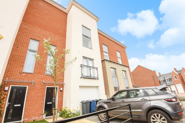 Thumbnail Town house for sale in High Wycombe, Buckinghamshire