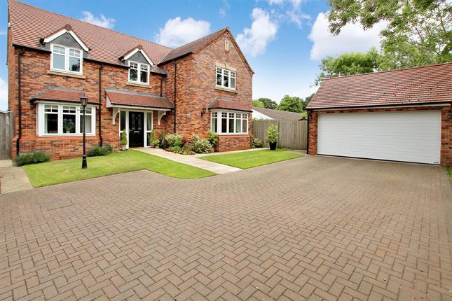 Thumbnail Detached house for sale in Church Road, Webheath, Redditch