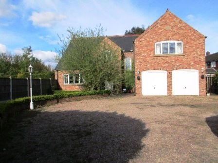 Thumbnail Detached house to rent in Lunnsfield Lane, Wakefield, West Yorkshire