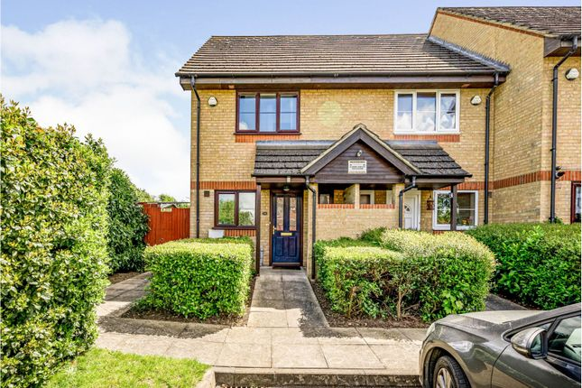 3 bed end terrace house for sale in St. Pauls Avenue, Slough SL2