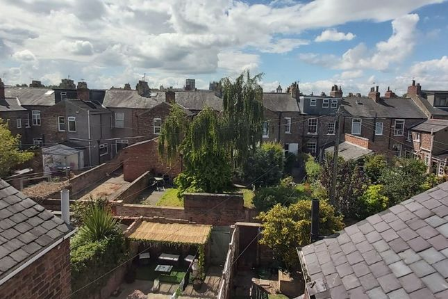 Thumbnail Terraced house to rent in Neville Street, Off Haxby Rd. York