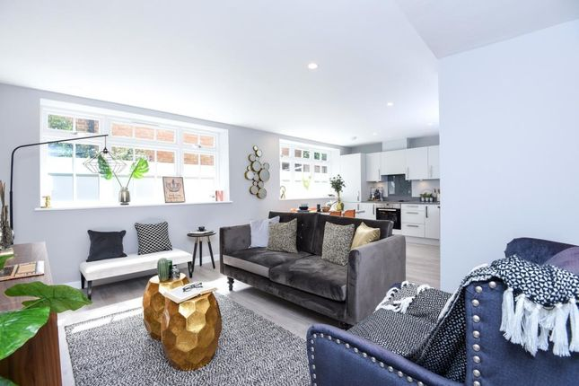 Thumbnail Flat for sale in Cornwall Works, London