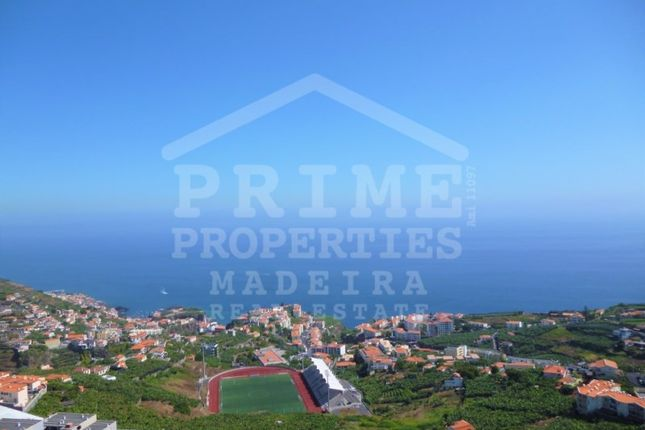 Thumbnail Apartment for sale in Câmara De Lobos, Câmara De Lobos, Câmara De Lobos