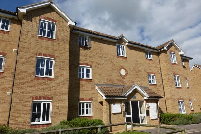 Thumbnail Flat for sale in Percivale Road, Yeovil