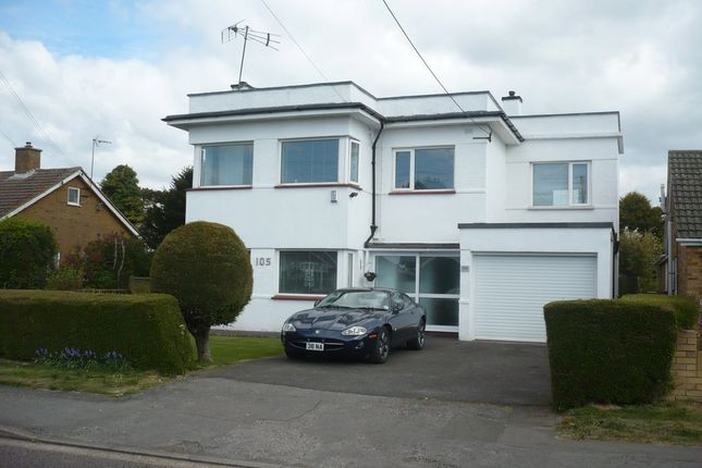 Thumbnail Detached house for sale in Queens Road, Littlestone, New Romney