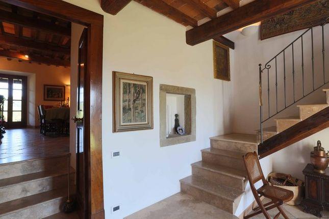 Hallway of Casaccia, Monte Santa Maria di Tiberina, Umbria