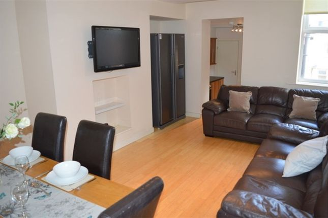Thumbnail Maisonette to rent in Rothbury Terrace, Heaton, Newcastle Upon Tyne