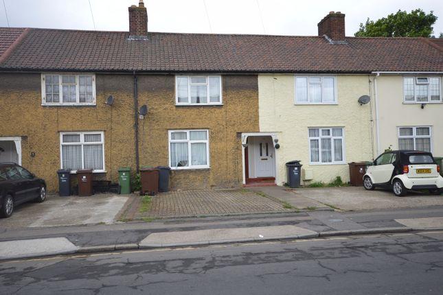 2 bed terraced house to rent in Cornshaw Road, Dagenham