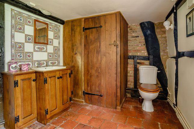 Shower Room of North End Road, Steeple Claydon, Buckingham, Buckinghamshire MK18