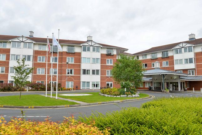 1 bedroom flat for sale in Arena Gardens, Warrington