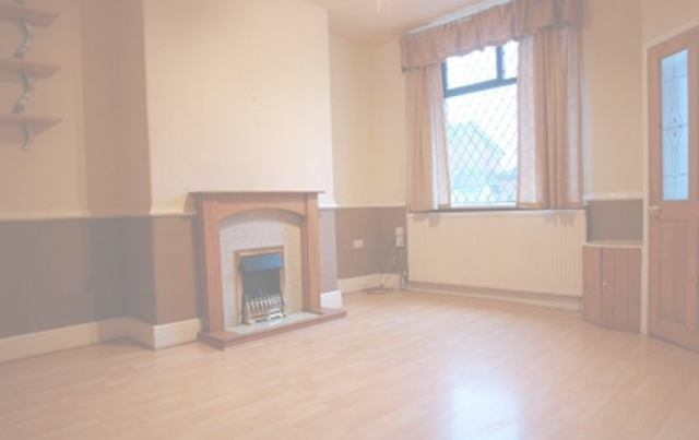 Thumbnail Terraced house to rent in Burnley Lane, Chadderton