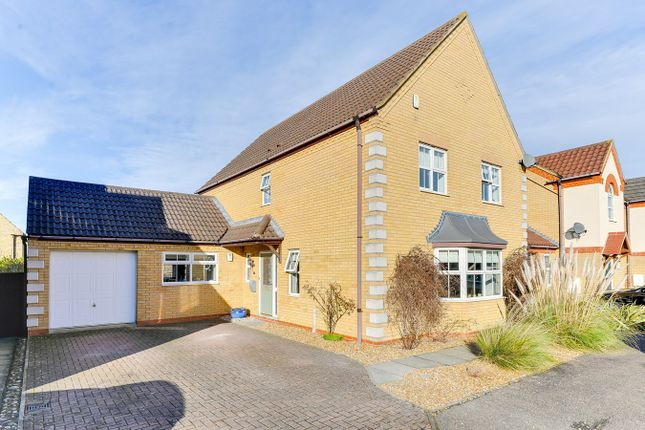 Thumbnail Detached house for sale in Quail Walk, Royston
