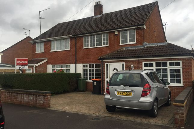 Thumbnail Semi-detached house to rent in Brandreth Avenue, Dunstable, Beds