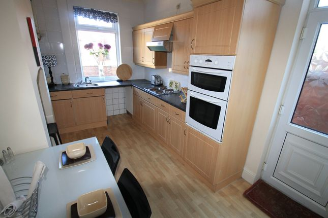 Earlesmere Avenue, Balby, Doncaster DN4