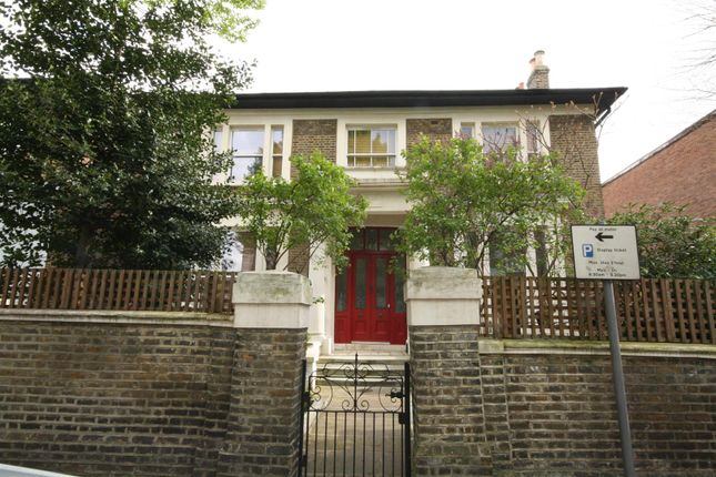 10 Brondesbury Road