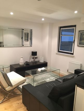 Thumbnail Flat for sale in Eagle Wharf Road, London