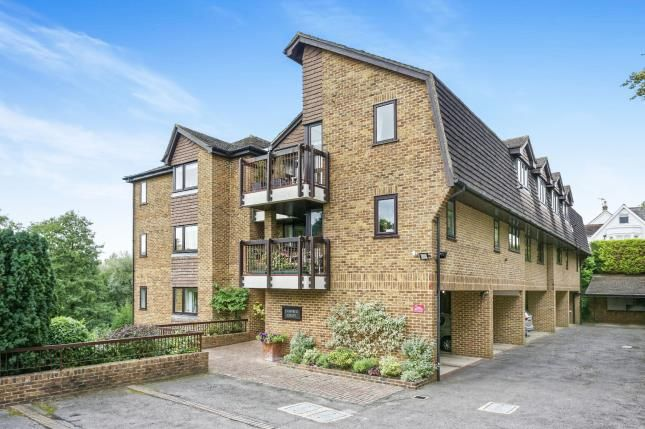 Thumbnail Flat for sale in Dorking Road, Leatherhead, Surrey