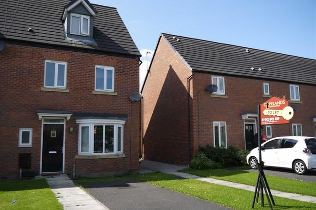 Thumbnail Town house to rent in Railway Street, Atherton, Manchester