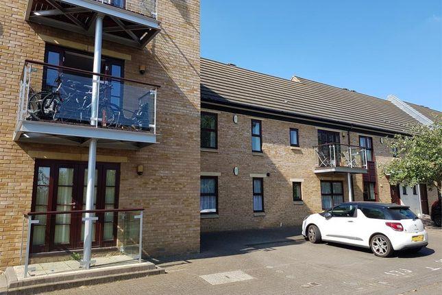 Thumbnail Flat to rent in Park Corner, Northampton