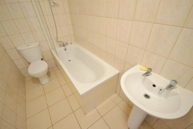 Bathroom of Main Street, Pembroke SA71