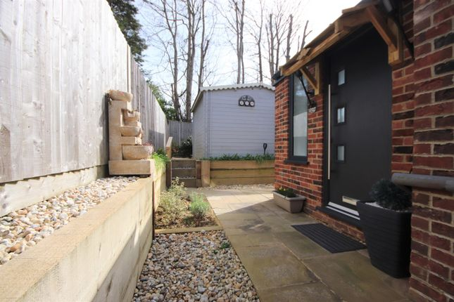 Flat to rent in Foxley Drive, Bexhill-On-Sea
