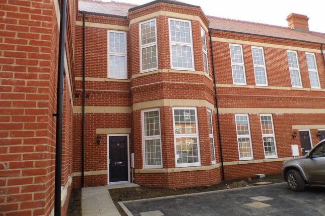 Thumbnail Flat to rent in Luscombe Avenue, Hellingly, Hailsham