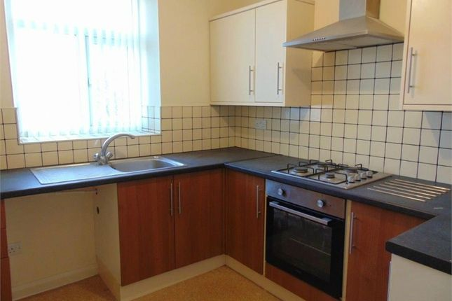 1 bed flat to rent in Station Road, Padiham, Burnley, Lancashire BB12