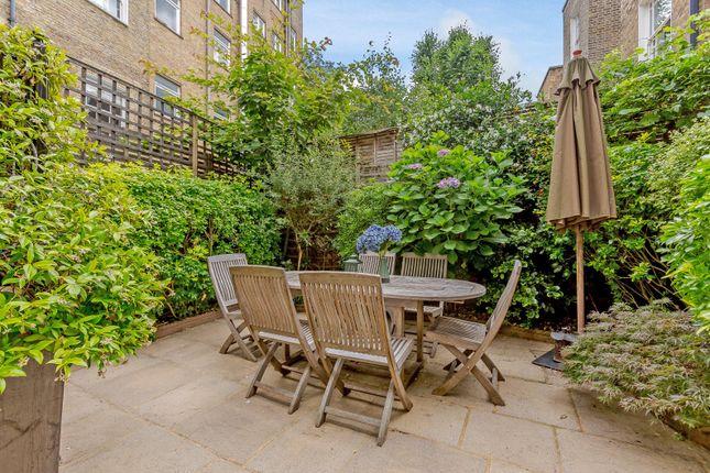 Garden of Onslow Gardens, South Kensington, London SW7