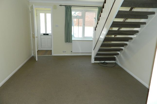 Thumbnail Terraced house to rent in Little Copse, Chineham