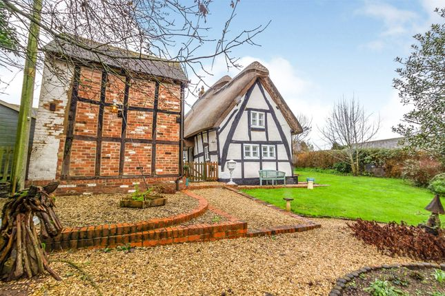 Thumbnail Cottage for sale in St Ringers Cottage, Ringers Gardens, Apperley