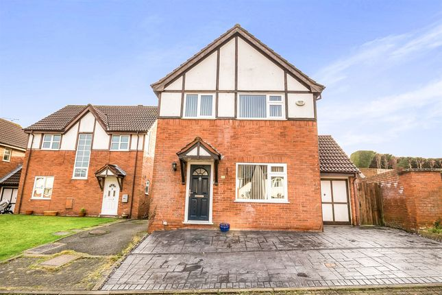 3 bed detached house for sale in Carlton Close, Mickle Trafford, Chester