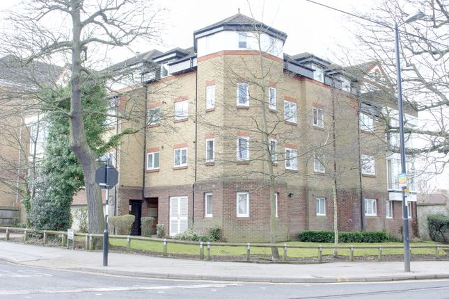 Thumbnail Flat to rent in Park Hill Road, Croydon