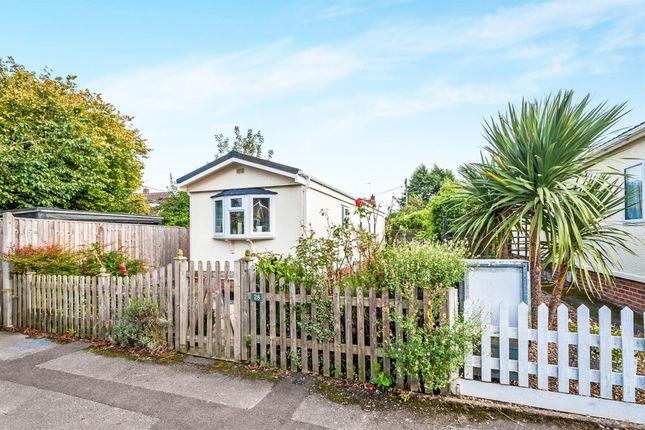 2 bed mobile/park home for sale in Poplar Park, Long Wittenham, Abingdon