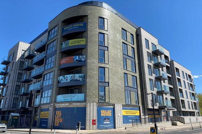 Thumbnail Retail premises to let in Valley House, 445 Woolwich Road, Charlton
