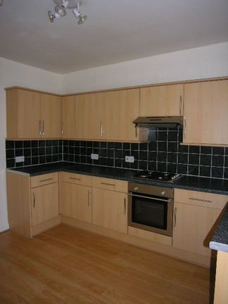 Thumbnail Flat to rent in Dunraven Street, Tonypandy