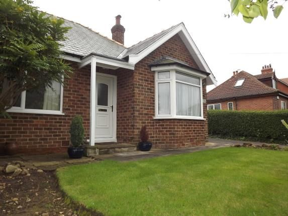 Thumbnail Bungalow for sale in Greengate Lane, Knaresborough, .