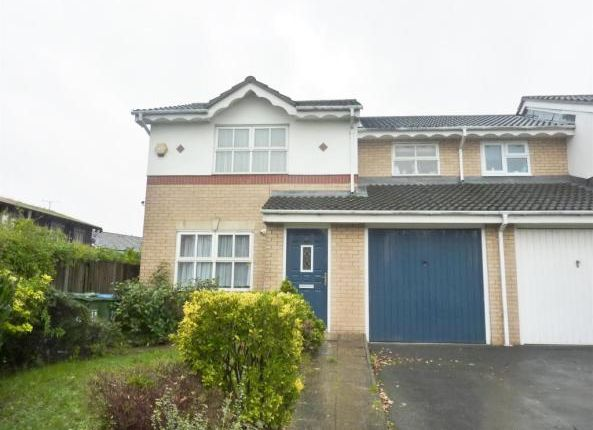 Thumbnail Room to rent in 28 Silver Birch, London