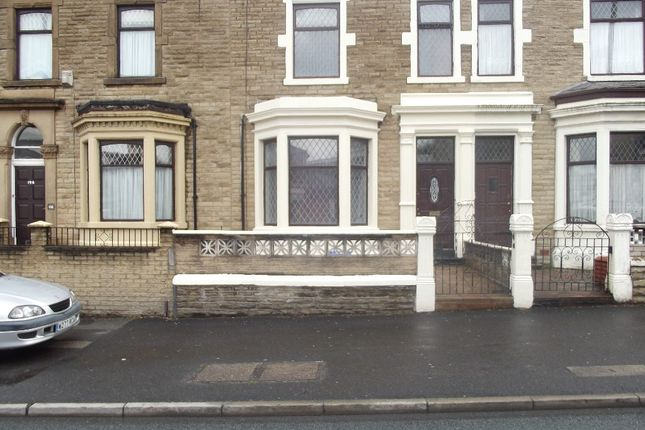 Terraced house to rent in Deepdale Road, Preston