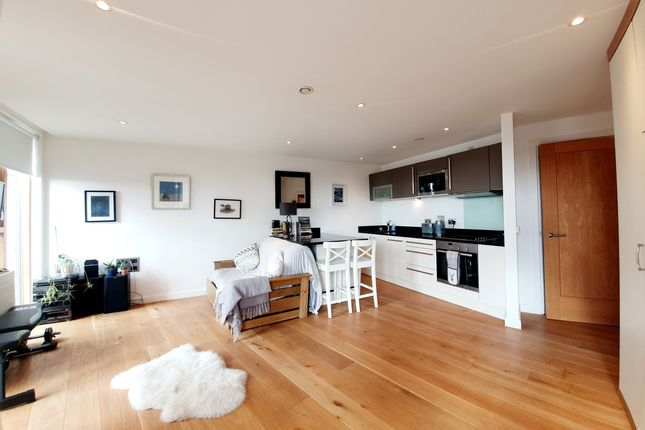 Studio for sale in Wharf Approach, Leeds LS1
